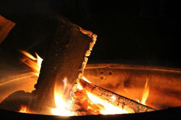 Fire Pit, firepit safety, backyard fire pit