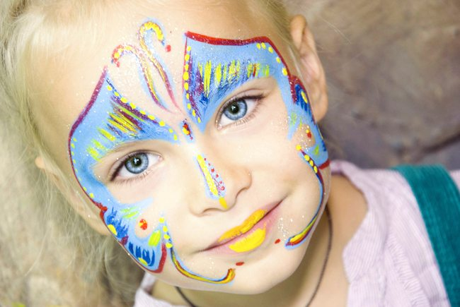 is face paint safe, face paints, Halloween, costumes, body painting, safety, facepaint