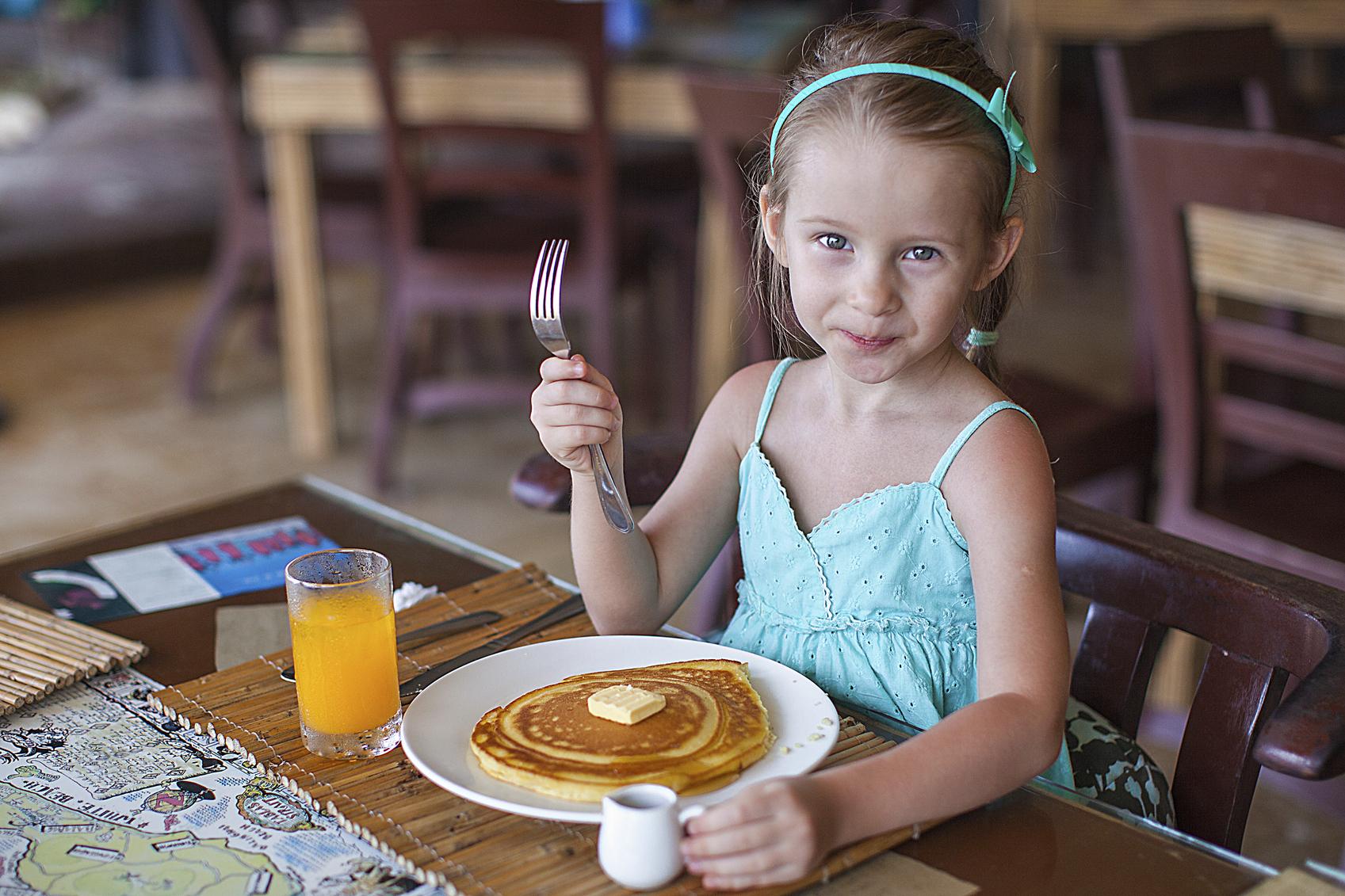 kids eat free, Arizona, restaurants, Phoenix, Valley, family-friendly restaurants