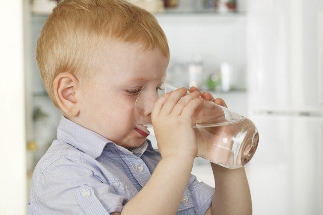 kid-water