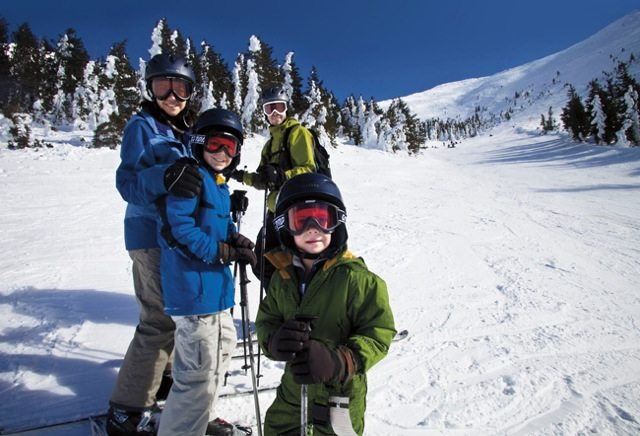 ski, Arizona, snow, Arizona Snowbowl, ski resorts in Arizona, sledding, Arizona kids