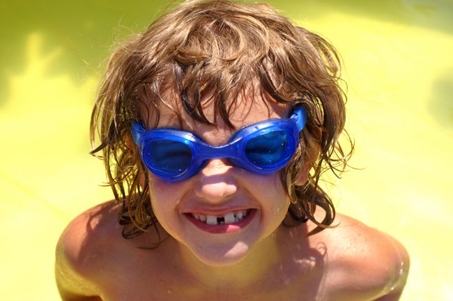 preventing eye injuries, swimming, goggles, sports, eye safety
