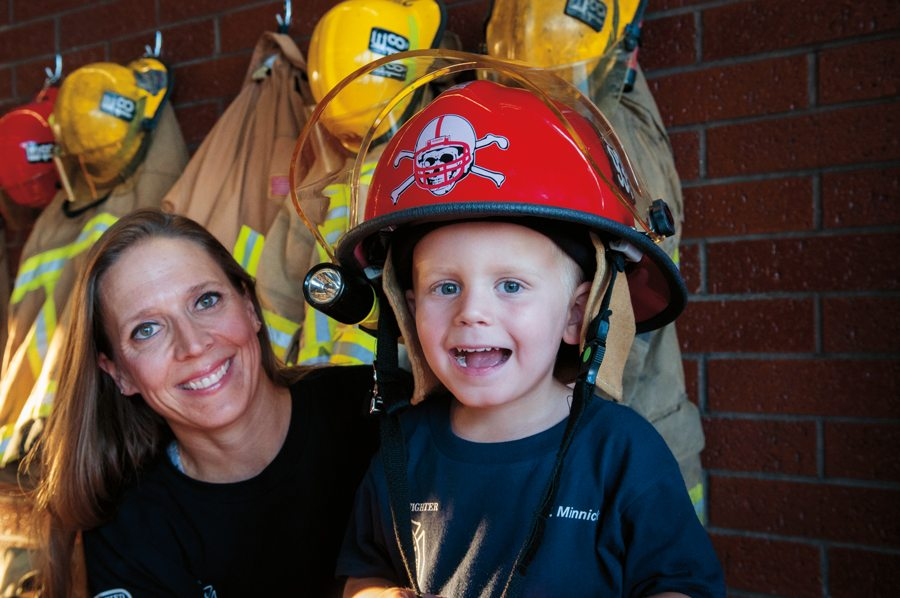 firefighter moms, Arizona, parenting, kids, fire fighters