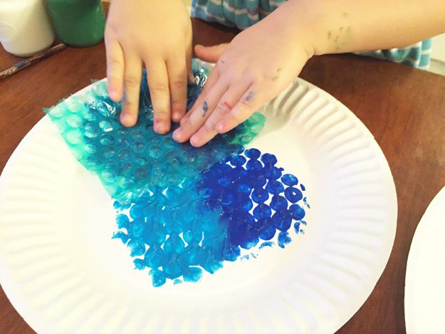 undersea-step2, preschool art, craft, bubble wrap