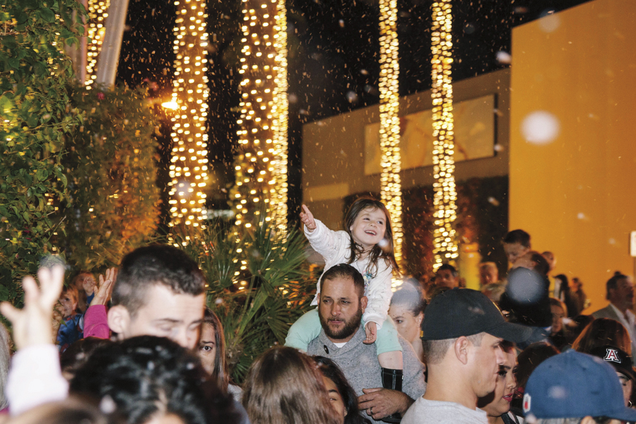 Tempe Marketplace Halloween Events 2020 TEMPE   Nightly Snowfall at Tempe Marketplace   Raising Arizona