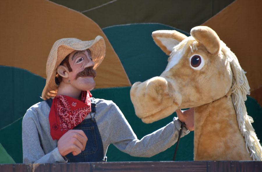 Great Arizona Puppet Theater, Old Macdonald, puppet show