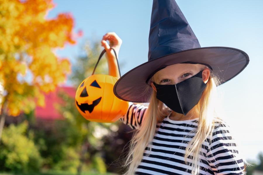 trick or treat, COVID19, Covid-19, coronavirus, masks, kids, Halloween